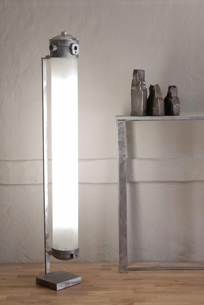 colonne indus lampe lampe design luminaire maxime chanet design. Black Bedroom Furniture Sets. Home Design Ideas